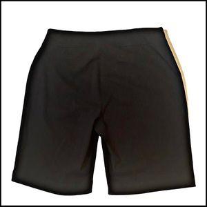 NWOT WESTBOUND BLACK STRETCH  PLUS SIZE SHORTS 18W